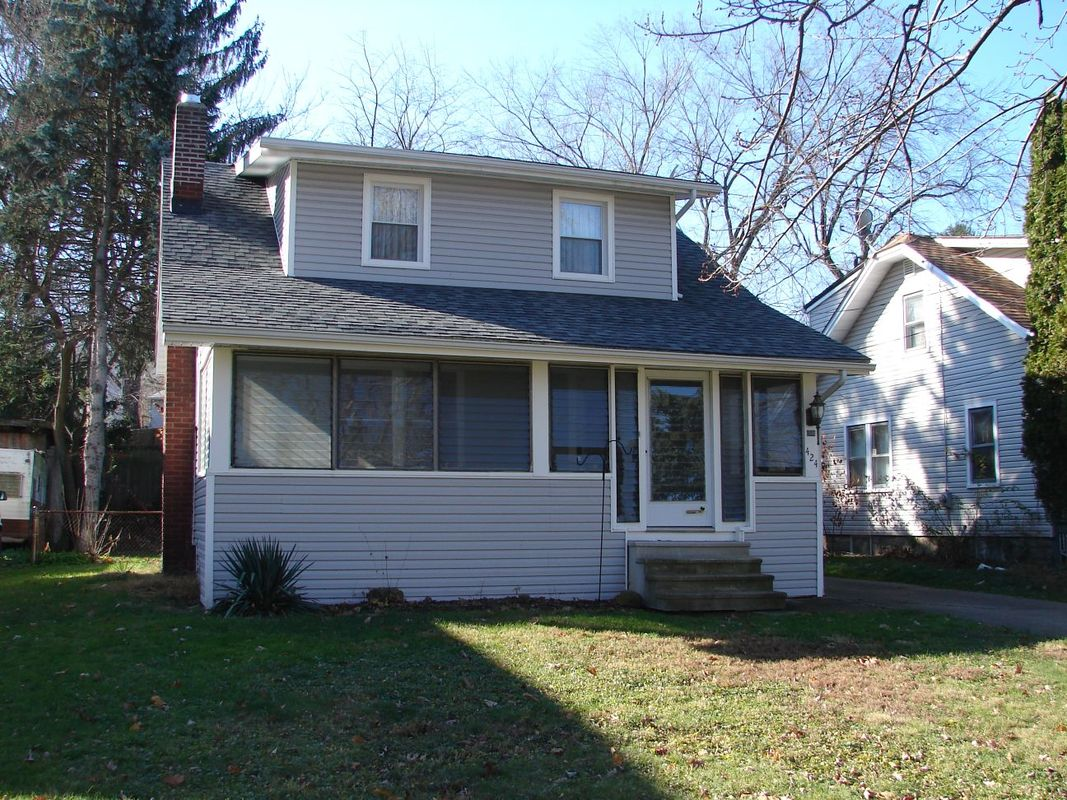 2 Bedroom Home akron - crossroads management realty company